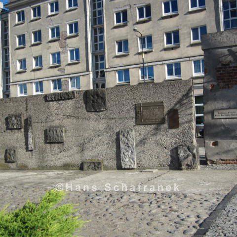 Überreste des früheren Gefängnisses